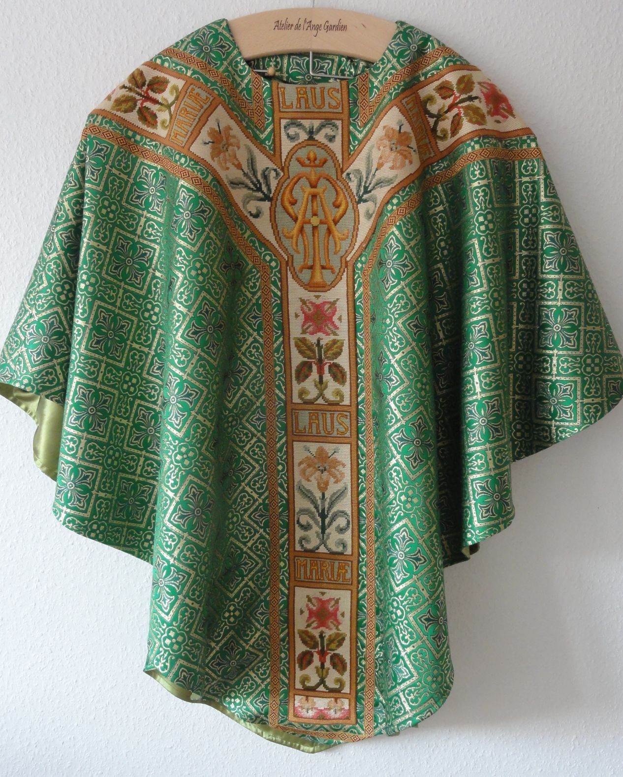 "Chasuble ""St Charbel"""