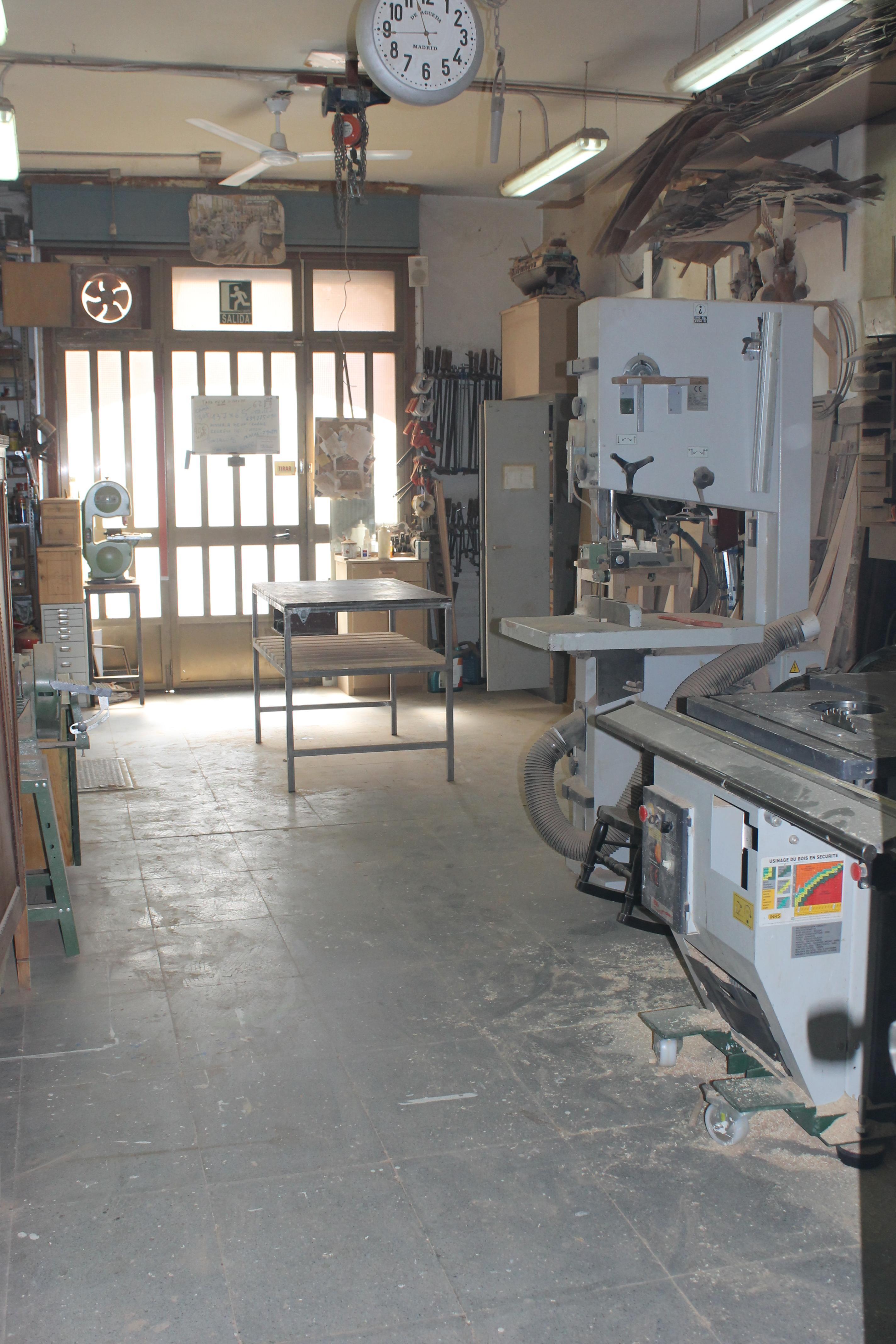 De gueda antiguedades - Decapar muebles barnizados ...