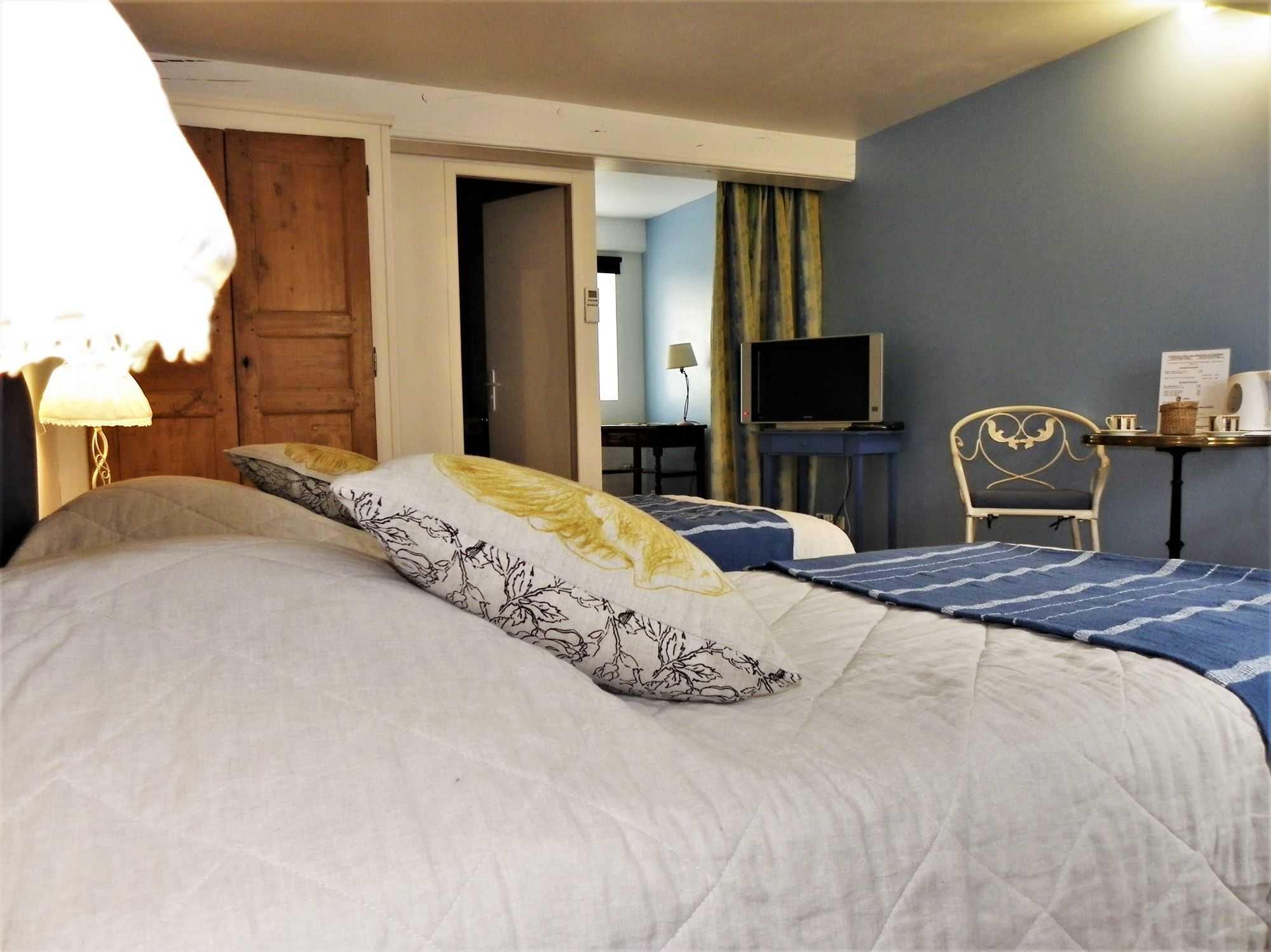 Les chambres la maison d 39 h tes pr s de chateauneuf en auxois - Chambres d hotes chateauneuf en auxois ...