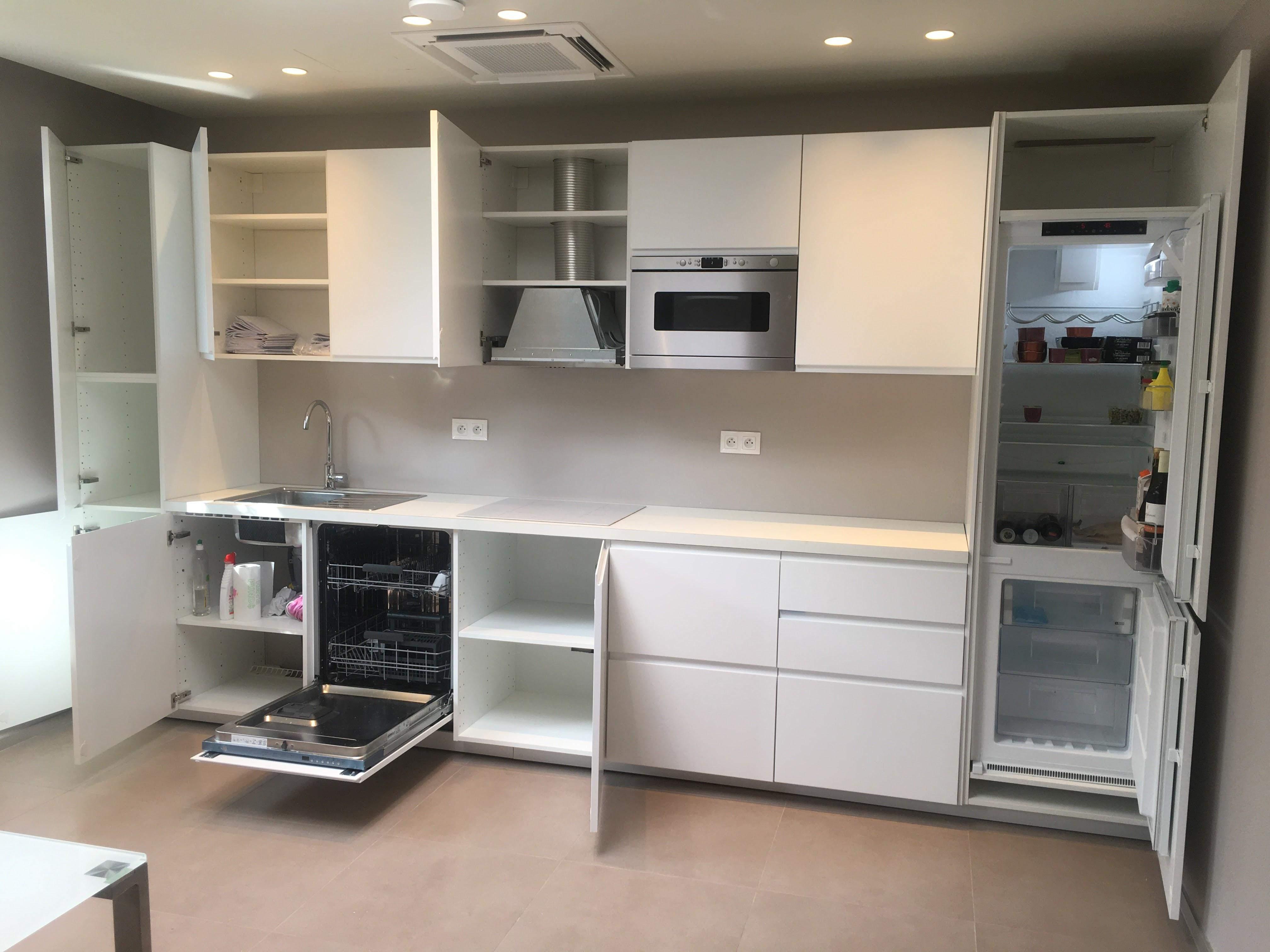 poseur de cuisine awesome ikea cuisine ile de france awesome poseur de cuisine ikea gallery. Black Bedroom Furniture Sets. Home Design Ideas