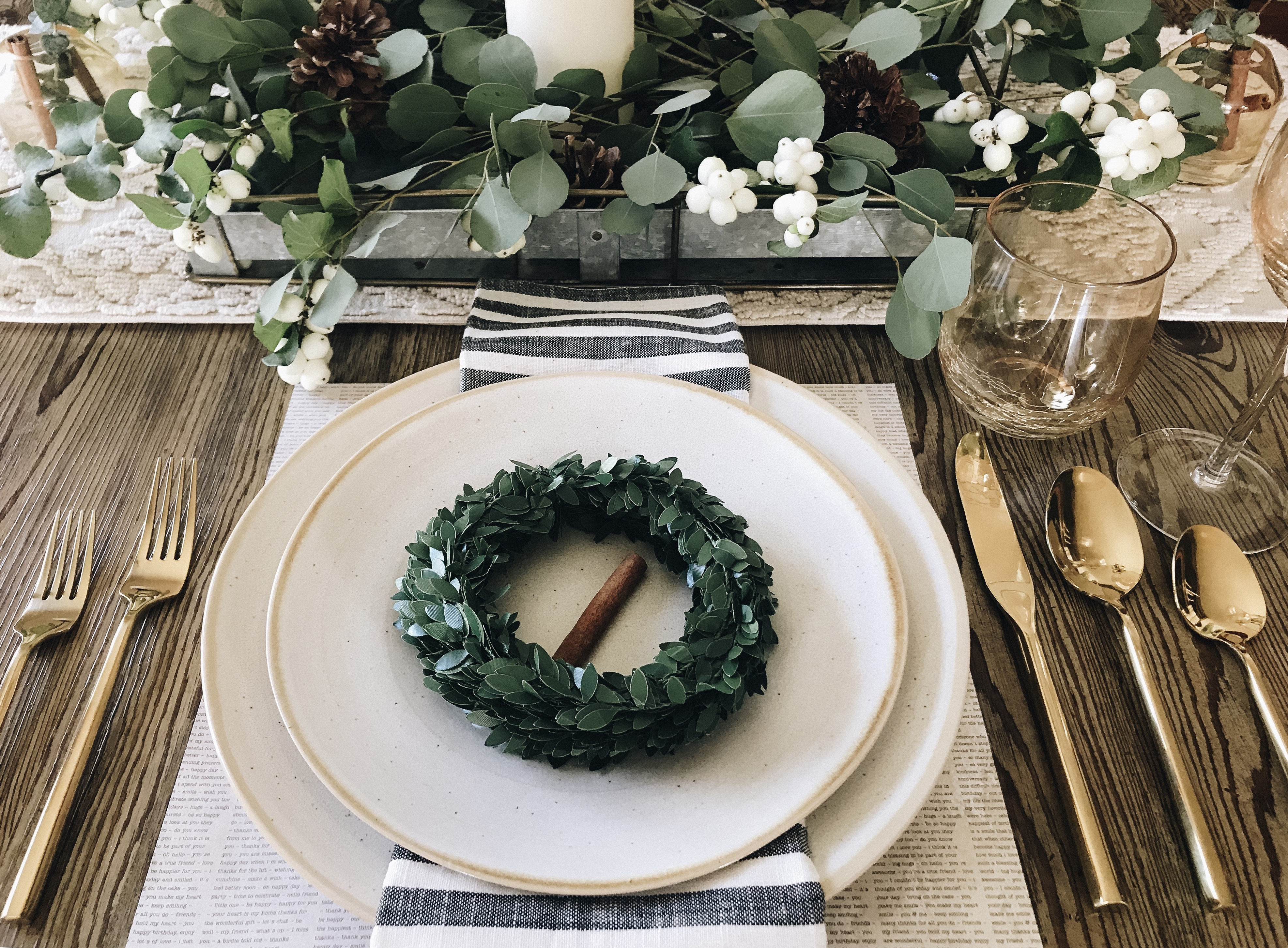 Family, Food and a Great Last Minute Tablescape