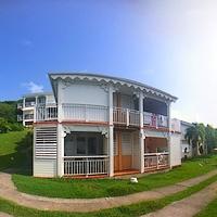 Les villas au domaine de l' Anse des Rochers