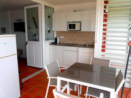 Anse des Rochers, la terrasse-cuisine de Zabrico 2