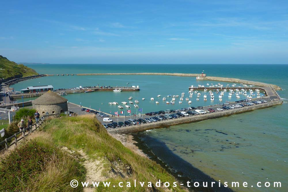 Le Grand Caugy : Port en Bessin