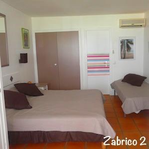 Anse des Rochers: la chambre bien équipée avec vue mer de Zabrico 2