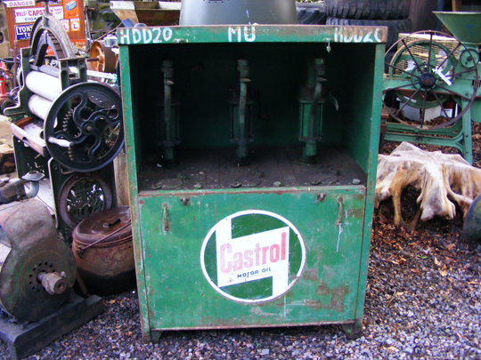 Castrol Forecourt Oil Dispenser