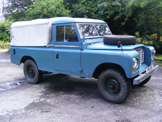 Series 3 Land Rover 109