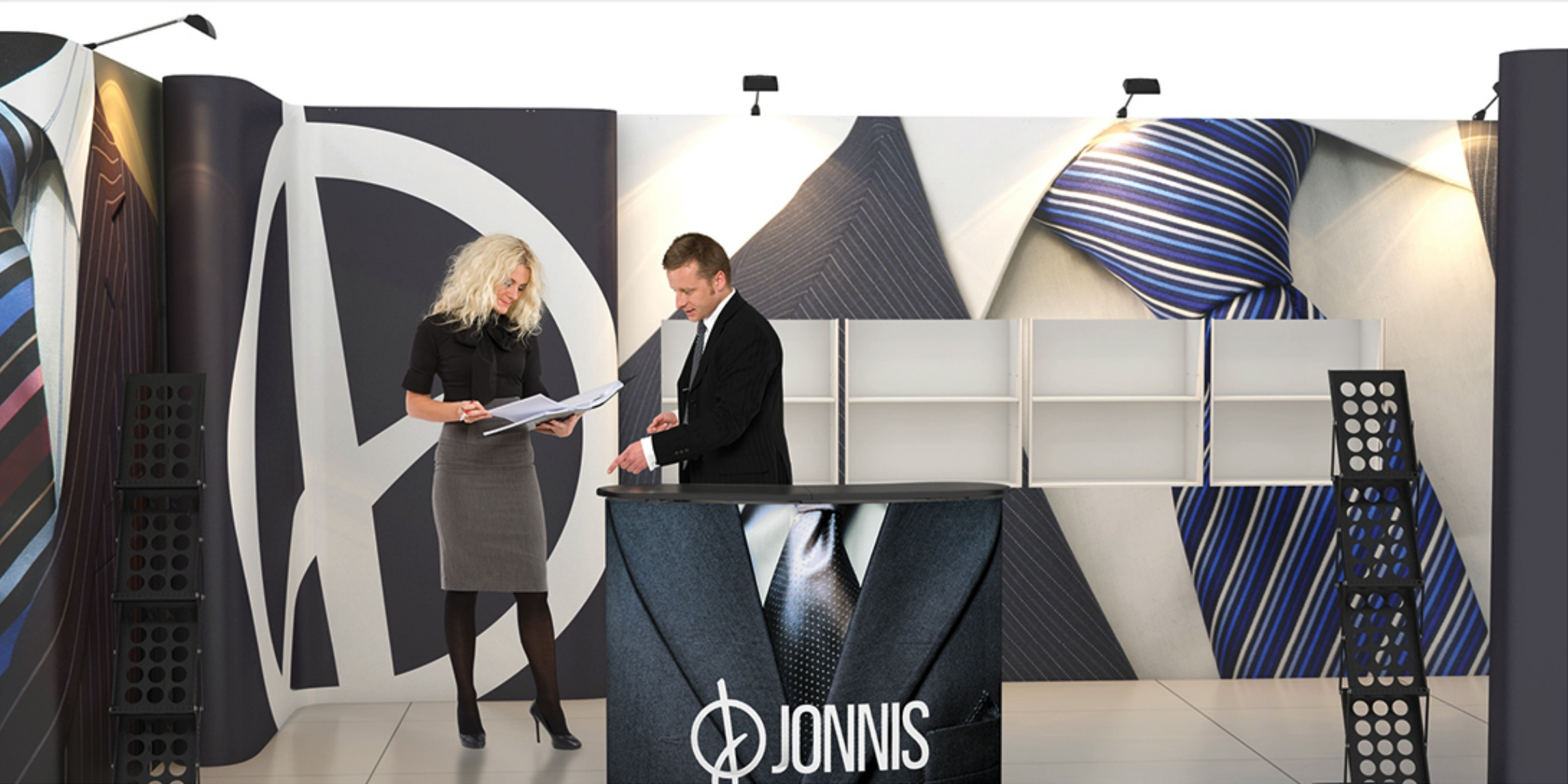 custom set up exhibition jonnis