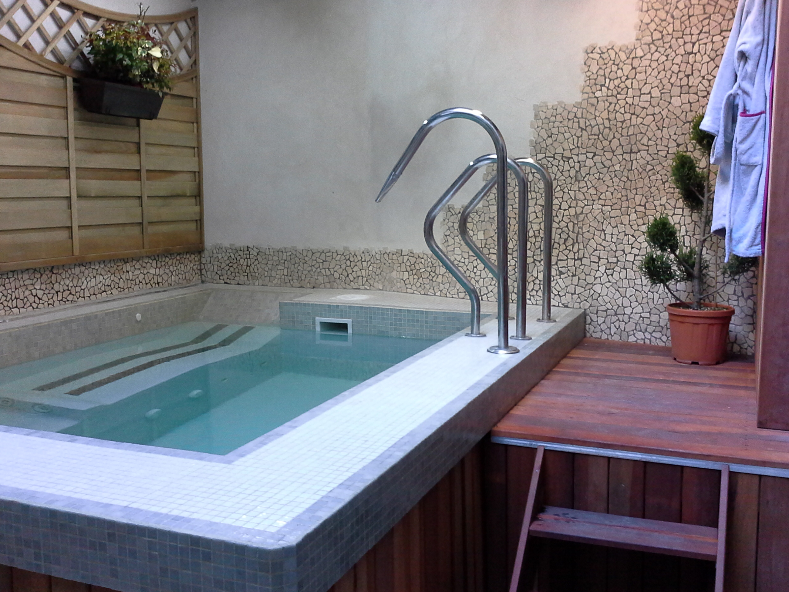 Spa beton Piscines et spas Bouquet Montauban