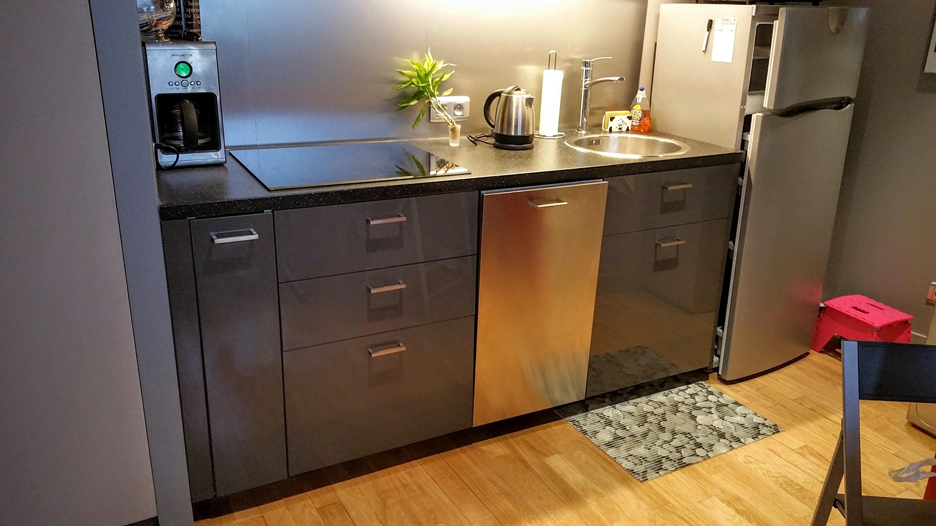 hauteur d une crdence hauteur d une baignoire standard. Black Bedroom Furniture Sets. Home Design Ideas
