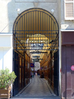 Early 19th c shopping arcade Le Grand Cerf  2nd district Paris